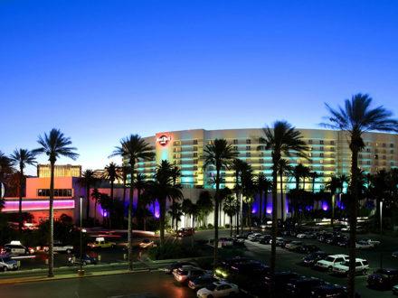 Rocks Hotel & Casino3